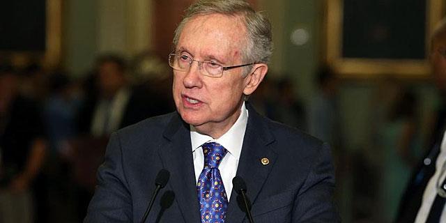 El senador demócrata Harry Reid durante un discurso. | Afp