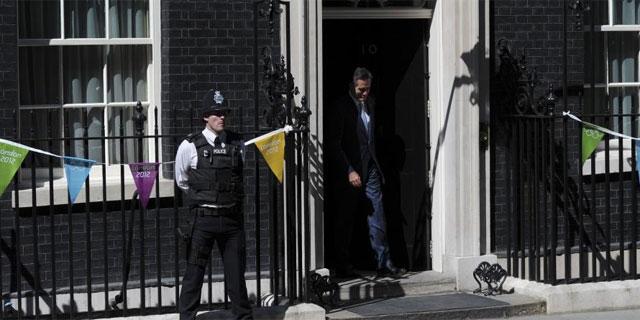 Mitt Romney, tras su reunión con David Cameron en Downing Street. (EFE)
