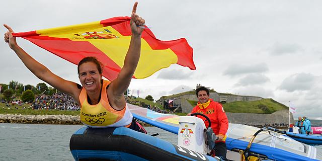 Marina Alabau celebra su victoria en Weymouth. | AFP