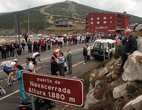 Vuelta a España, a su paso por Navacerrada.   EL MUNDO