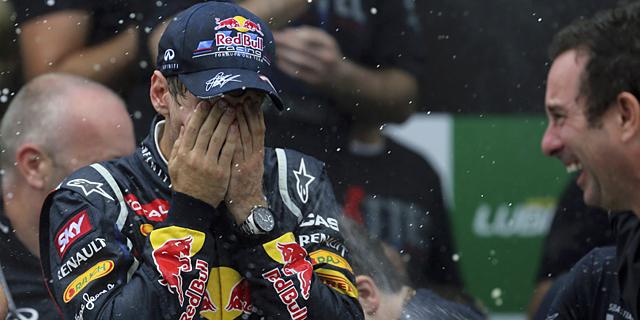 Sebastian Vettel, durante la celebración del título.   EFE
