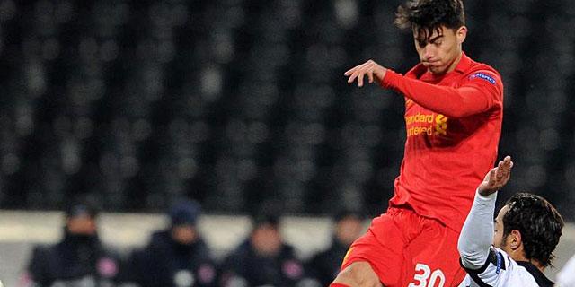 Suso dispara a portería en un reciente partido contra el Udinese. | Afp