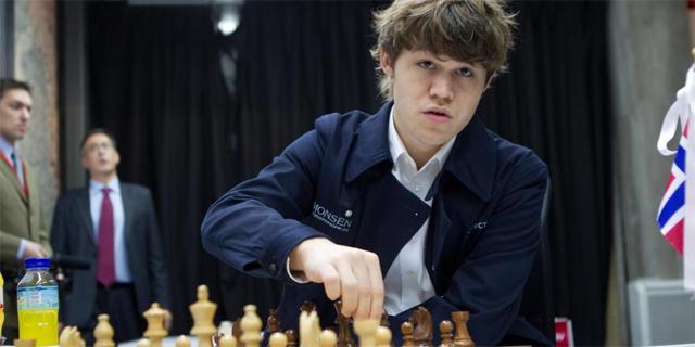 Magnus Carlsen, durante un torneo. (EFE)