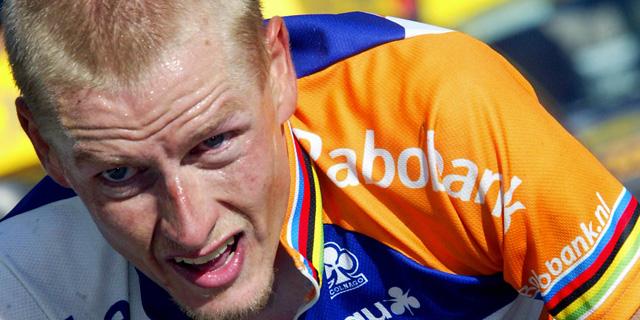 Michael Rasmussen, durante una etapa de la Vuelta 2003. | AFP