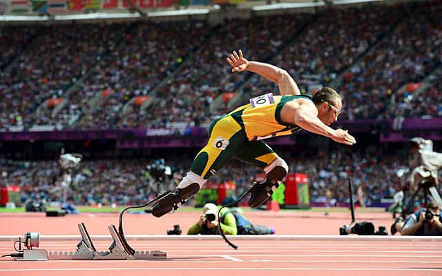 Óscar Pistorius, en las rondas clasificatorias de Londres 2012. (EFE)