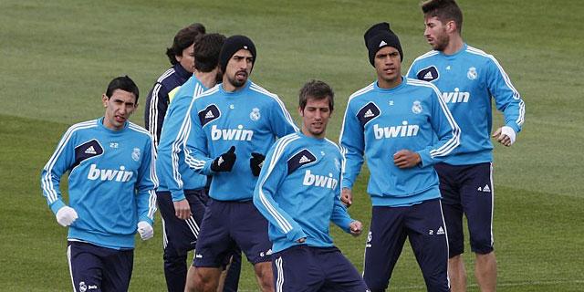 El Real Madrid durante un entrenamiento (EFE)