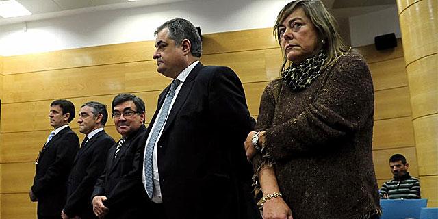 Los acusados Fuentes, Labarta, Belda, Saiz y Yolanda Fuentes, en el juicio. | Bernardo Díaz