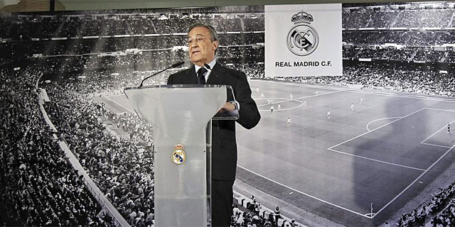 Florentino Pérez, durante su rueda de prensa en el Bernabéu. (Foto: Efe)