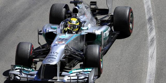 Nico Rosberg con su Mercedes durante el Gran Premio de Mónaco. | AFP