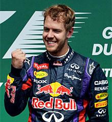 Vettel celebra su victoria en Canadá. | Afp