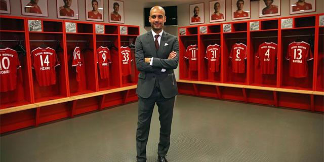 Pep Guardiola, en el vestuario del Bayern de Múnich. | AFP