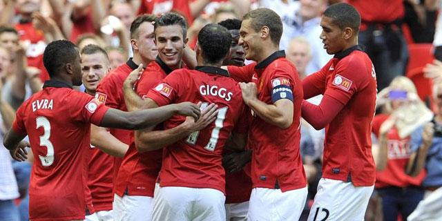 Los jugadores del Manchester United celebran uno de los goles / GERRY PENNY