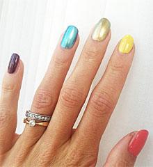 Las uñas de Enma Green.