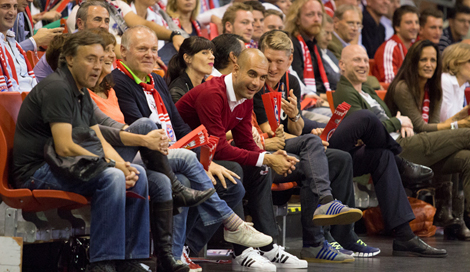 Guardiola, en un partido del Bayern de baloncesto. | Foto: Euroleague.net