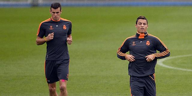 Bale y Cristiano, durante el entrenamiento en Valdebebas. | Afp