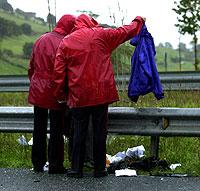 Los guardarraíles son los elementos más peligrosos cuando un motorista sufre una salida de vía. Foto: Carlos García.