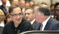 Marchionne junto con Robert Kidder, presidente de la nueva compañía