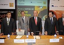 Armando García Otero, Antonio Fernández- Galiano, Miguel Sebastián, Borja Prado e Iñigo Aranzabal