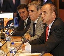 Miguel Sebastián, Antonio Fernández- Galiano y Armando García Otero