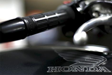 Detalle de una motocicleta Honda fabricada en la factoría de Montesa