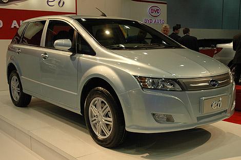 El vehículo eléctrico e6 de BYD