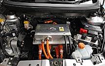 Al volante del Tata Indica Vista EV