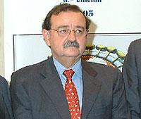 José Esparza en la presentación ayer en Madrid de la sexta edición del Manual del Sida
