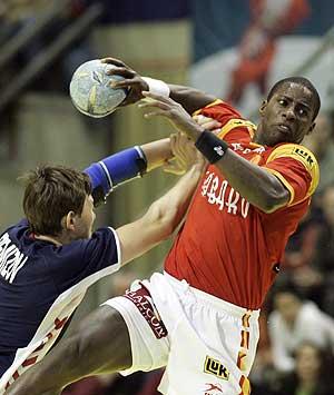 Julio Fis Rousseduy, jugador de la selección española. (Foto: Kai-Uwe Knoth | AP)