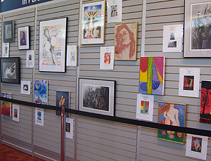 Exposición de obras de arte realizadas por pacientes con cáncer (Foto: M.V)