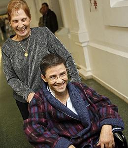 Marc Aureli y su madre (Foto: EFE | Toni Albir)