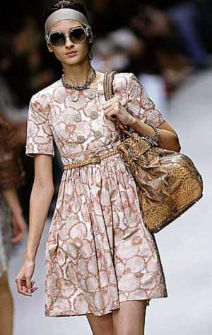 Una modelo en la Milan Fashion Week 2006 (Foto: REUTERS)