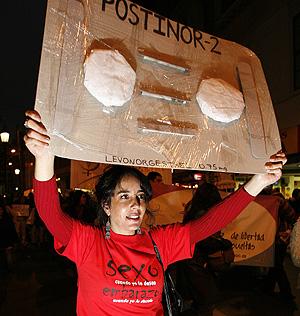 Las protestas se repitieron también en Valparaiso, a unos 120 km de la capital (Foto: Reuters   Eliseo Fernandez )