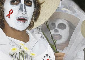 Miles de personas se manifiestan en México contra la discriminación. (Foto: Alex Cruz | EFE)