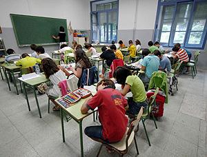Primer día de clase en un colegio de Almagro (Foto: EFE   Manuel Ruiz Toribio)