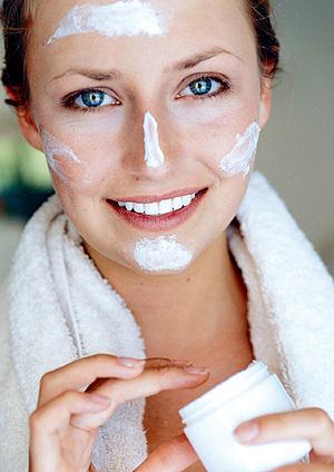 Los usuarios de cosméticos demandan cada día más información (Foto: El Mundo)