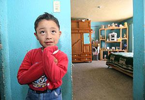 Édgar Hernández en su casa en La Gloria, en Veracruz, México. (Foto: Pablo Spencer | AFP)