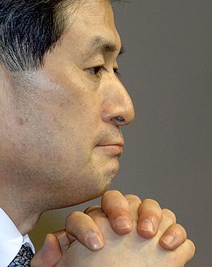 En 2006 Hwang pidió perdón a sus compatriotas. (Foto: AFP | Kim Jae)