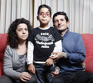 Belén, Arturo y su hijo Víctor (Foto: Óscar Monzón)