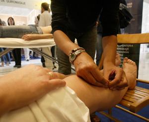 Sesión de acupuntura en Madrid. | Kike Para