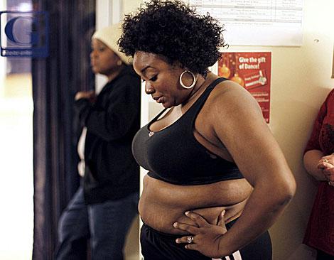 Una mujer participa en un programa de televisión, en Nueva York, para perder peso bailando. (Foto: Finbarr O'Reilly)