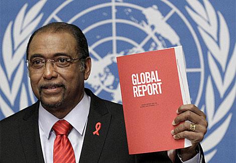 M. Sidibe, responsable de Onusida, durante la presentación del informe. | Reuters