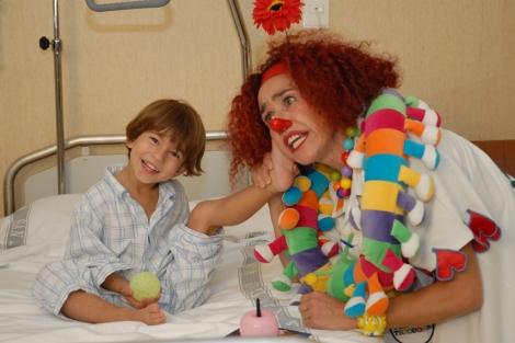 La risa también ayuda a los niños.   Fundación Theodora