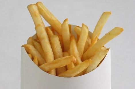 Una ración de patatas fritas. | José María Presas