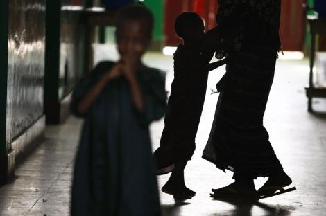 Las situaciones de estrés pueden derivar en maltrato infantil.   Dai Kurokawa