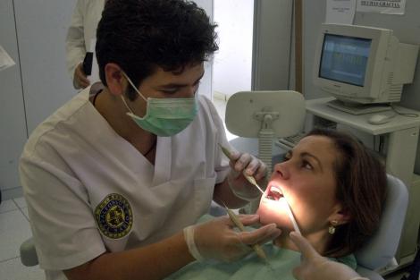 Clínica odontológica de la Universidad Alfonso X el Sabio. | Javi Martínez