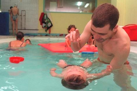 Una piscina para papás y bebés.| Jaime Villanueva