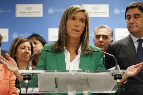 Ana Mato, durante la rueda de prensa posterior al Consejo Interteritorial. | Reuters