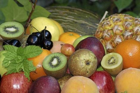 El consumo de fruta, por su alto contenido en fibra, evita el estreñimiento. | El Mundo