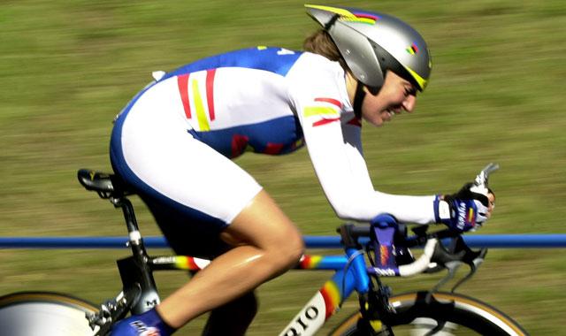 Ciclista durante los Juegos Olímpicos del 2000. |J.J.GUILLEN