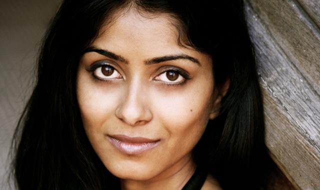 Aarathi Prasad, autora del libro, se define como científica, escritora y presentadora. | Anjali Bhargava